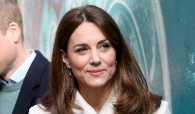 NUK QËNKEMI TË VETMET/ Kate Middleton ka të njëjtën pallto që nga viti 2008