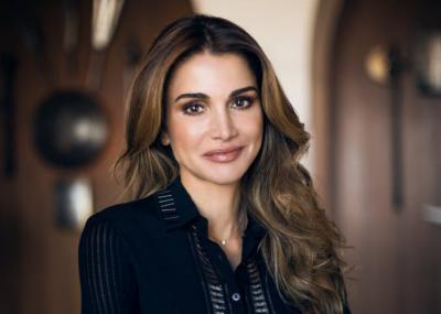 KENI NEVOJË PËR PAK FRYMËZIM NË STIL? Pak vëmendje për veshjet e mbretëreshës së Jordanisë