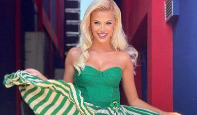 TË GJITHË SYTË JANË TEK VESHJA E SAJ/ Marina i mahnit të gjithë në Klanifornia me fustanin jeshil, por shihni sa kushton ai (FOTO)