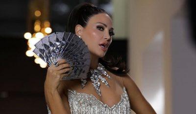 BLEONA FESTON DITËLINDJEN/ Ja sa vjeç mbush Diva e muzikës (FOTO)