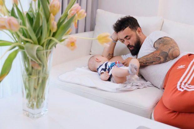 MATCHY-MATCHY/ Alfio dhe Noah janë dyshja më e ëmbël baba e bir! (FOTO)