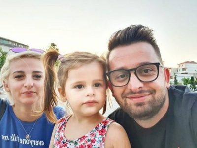 BABA PËR HERË TË DYTË/ Erion Isai ndan FOTON e veçantë me familjen