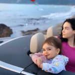 SA ËSHTË RRITUR/ Xhensila pozon me Ajkën gjatë pushimeve (FOTO)
