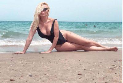 NË MUAJIN E FUNDIT TË SHTATZËNISË/ Olta Gixhari pozon me bikini nga Spanja. Ja si duket aktorja (FOTOT)
