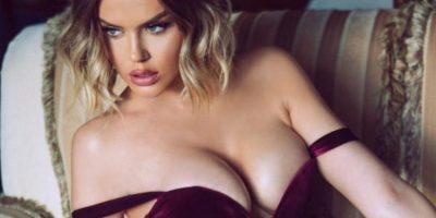 NUK NDALET KEJVINA/ Pozon joshëse dhe tregon format seksi (FOTOT)