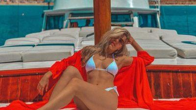 PUSHIMET E FUNDJAVËS/ Vajzat e showbizzit i vënë flakën rrjeteve sociale me FOTO të nxehta dhe provokuese
