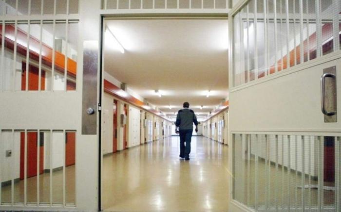 VATËR INFEKTIMI/ Shtatë të burgosur të prekur nga virusi në Fush-Krujë transferohen në Shënkoll