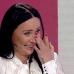 """""""ËSHTË PIKA IME E DOBËT DHE…""""/ Albana surprizohet në emision, njihuni me djalin që e bëri për të qarë (VIDEO)"""