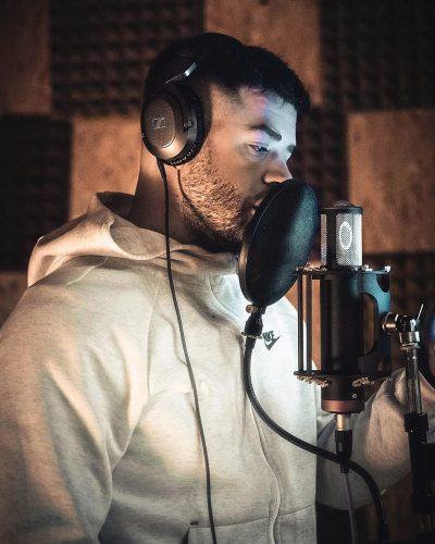 SUKSES PAS SUKSESI/ Noizy kryeson top-listën britanike me hitin që dogji vendin (VIDEO)