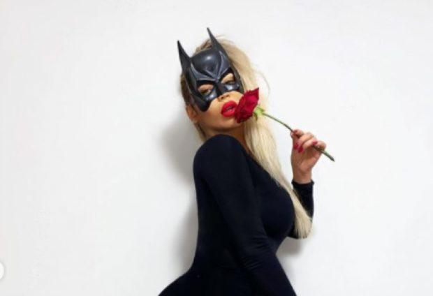 """E NGUJUAR NË SHTËPI/ Ja si zgjodhi Fjolla Morina ta festojë këtë """"Halloween"""" (FOTOT)"""