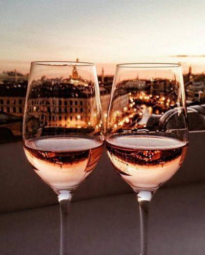 NGA GJUMI TEK RRAHJET E ZEMRËS/ Efektet e vetëm një gote verë, për 24 orë