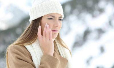 ACARIM, SKUQJE DHE AKNE/ Ja i ta shpëtojmë fytyrën nga i ftohti me këto 4 rregulla
