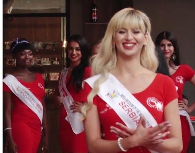 """""""SERBËT NUK KANË PROBLEME ME SHQIPTARËT""""/ Shprehet Miss Serbia që bëri shqiponjën: Nuk janë njerëzit që i vështirësojnë gjërat por… (FOTO)"""