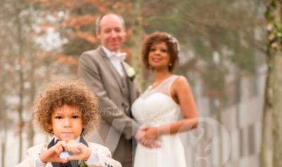 """""""KISHA NJË JETË QË E PRISJA KËTË MOMENT""""/ Martohet Hueyda El Saied, dalin pozat dhe detajet e dasmës (FOTO)"""