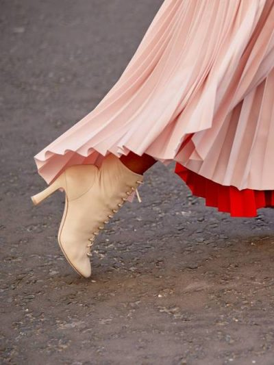 DO T'I ADHURONI/ Ky është trendi i vetëm i çizmeve që do të shkojë me çdo gjë që do të vishni