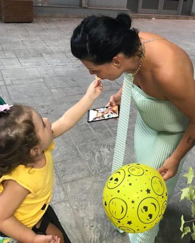"""""""DASHURIA JONË E VOGËL…""""/ Vajza e Aurela Gaçes feston ditëlindjen, ja si ka zgjedhur ajo ta urojë (FOTOT)"""