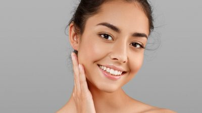 SUGJERIME NGA DERMATOLOGËT QË DO JU DUHEN/ 20 këshilla për fytyrë pa akne