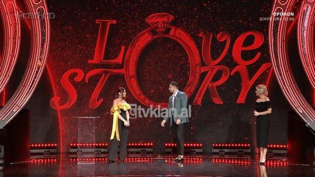 """PAS SKENAVE ROMANTIKE NË DUSH/ Saimiri eleminon nga """"Love Story"""" Arianën: Nuk ka tërheqje…"""
