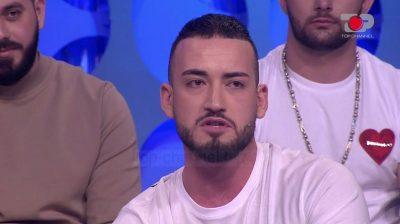 """""""JE VIKTIMË…""""/ Debat mes Erlindit dhe Mevlanit, reagon Sindi: Nuk respekton asnjeri, kush je ti…"""