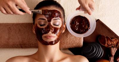 VËMËNDJE GOCA! Maska fytyre me kafe që bëjnë mrekulli për lëkurën tuaj