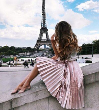PËR ELEGANCË TË PËRJETSHME/ Mos i humbisni 3 gjërat që femrat franceze s'bëjnë kurrë pas të 30-ave