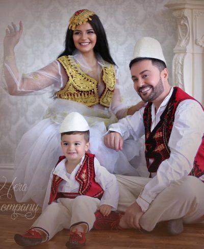 """""""E GJITHË BOTA ËSHTË E IMJA…""""/ Andra dhe Sinani japin lajmin e bukur, bëhen prindër për herë të dytë"""