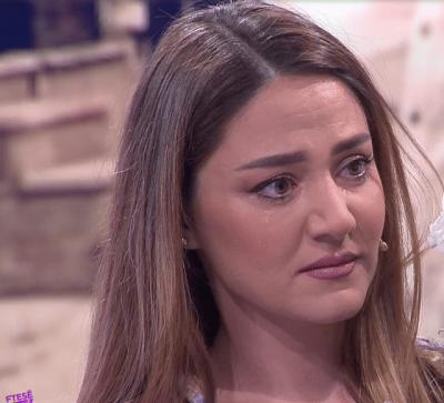 """""""DUA TË JESH E FORTË""""/ Moderatorja Bieta Sulo përlotet në mes të emisionit, ja çfare ndodhi"""