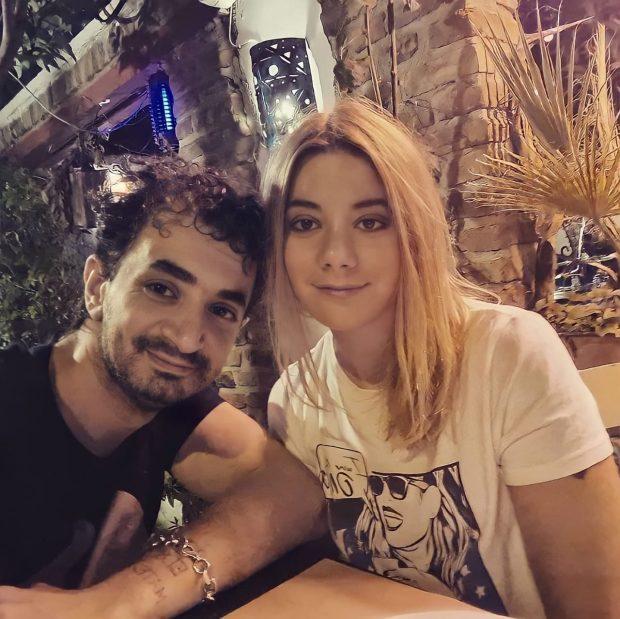 """""""ISHTE DITËLINDJA E SAJ…""""/ Albano rrëfen se si i propozoi për martesë partneres dhe na çuditi të gjithëve"""