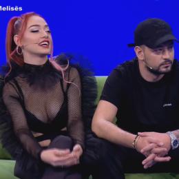 NUK E PËRMBAJNË VETEN/ Melisa dhe Andi puthje të zjarrtë në mes të emisionit (VIDEO)