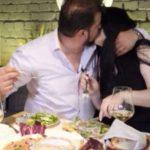 """""""MË KISHE MUNGUAR…""""/ Iliri puth me zor Gilbertën: E kam dashur…"""