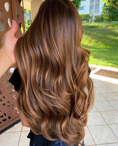 NGA DIETAT E DERI TEK LARJA/ Gjithë sekretet e vajzave me SUPER flokë