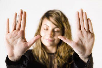 """VËMËNDJE/ Këto 5 mënyra do ju ndihmojnë të thoni """"jo"""" pa u ndjerë fare fajtor"""