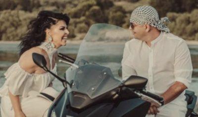 NUK FSHIHET MË/ Bashkëshorti i Aurela Gaçes shfaqet në videoklipin e ri