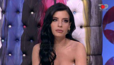 """""""PSE E LË TË IKTE?"""" Jasminës nuk i ndahet pyetja për Andin: Nuk ka qenë kurrë i imi"""